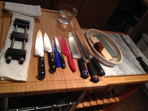 The two knives on the left are household knives (soo dull!) and the rest are knives from my professional collection.